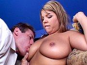 Elle se lance dans une baise hot